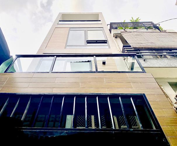 Nhà phố 3 tầng hẻm Bùi Viện, diện tích 2.55m x10m