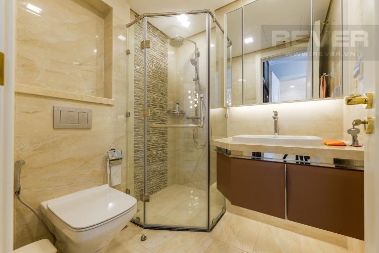 Phòng tắm 1 Căn hộ Vinhomes Golden River tầng cao, 2PN đầy đủ nội thất, view sông