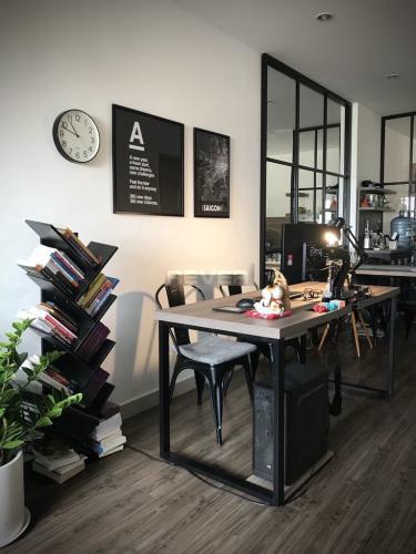 Phòng khách căn hộ Cityland Park Hills, Gò Vấp Căn hộ Cityland Park Hills hướng Nam đầy đủ nội thất cao cấp.