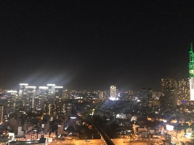View nhìn Căn hộ Vinhomes Golden River Ba Son Cho thuê căn hộ Vinhomes Golden River tầng 6, đầy đủ nội thất sang trọng, view thành phố