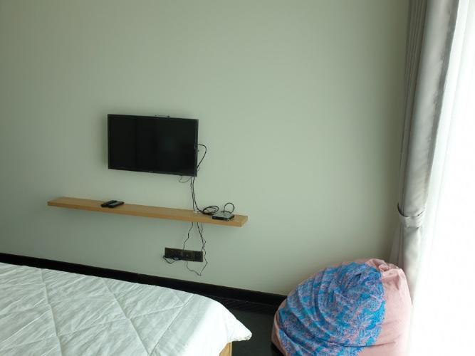 Phòng ngủ căn hộ Feliz en Vista Căn hộ Feliz En Vista tầng cao nội thất cơ bản, view thành phố.