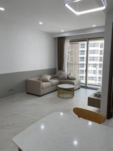 Căn hộ Phú Mỹ Hưng Midtown tầng trung, nội thất cơ bản.