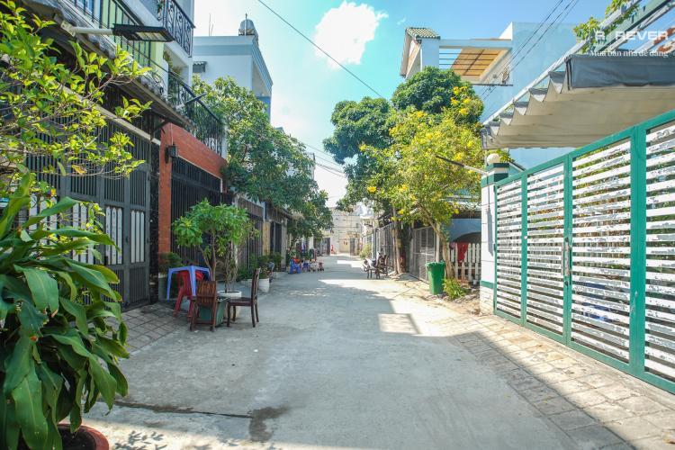 Đường trước nhà phố Nhà Bè Bán nhà 2 tầng đường Đào Sư Tích, Nhà Bè, thổ cư 80m2, nội thất cơ bản, cách đường Nguyễn Bình 1km