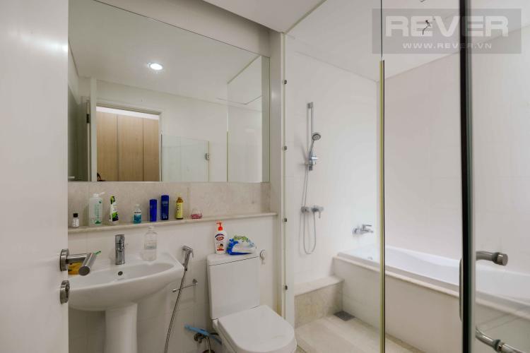 Toilet 2 Bán hoặc cho thuê căn hộ sân vườn Estella Residence 3PN, có 2 cửa, diện tích 171m2, nội thất cơ bản