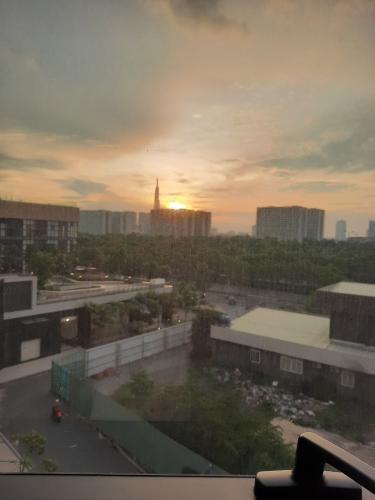 view cảnh căn hộ The Sun Avenue Căn hộ The Sun Avenue hướng Đông Bắc, nội thất cơ bản.