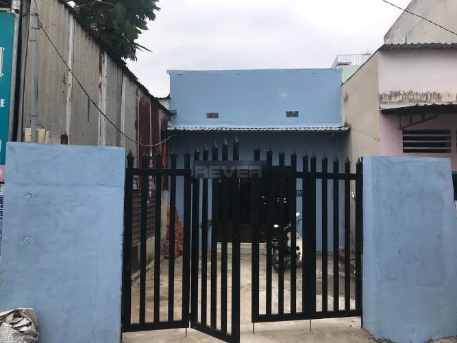 Mặt tiền nhà phố Bình Trưng Đông, quận 2 Nhà phố hẻm xe hơi, hướng Đông Nam thoáng mát, khu dân cư an ninh.