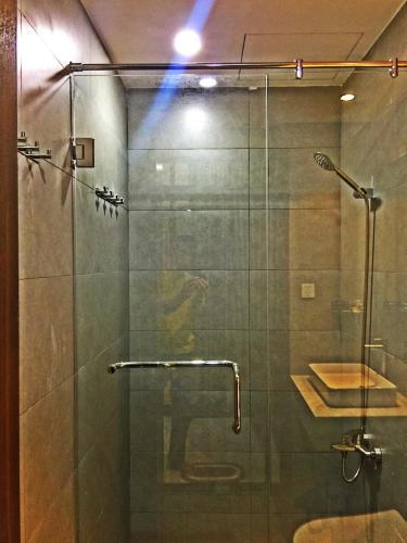 Phòng tắm căn hộ The Sun Avenue, Quận 2 Căn hộ The Sun Avenue đầy đủ nội thất cao cấp, view thoáng mát.