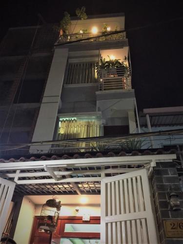Mặt tiền nhà phố Tăng Bạt Hổ, Bình Thạnh Nhà phố hẻm Bình Thạnh hướng Tây Nam, nội thất đầy đủ.