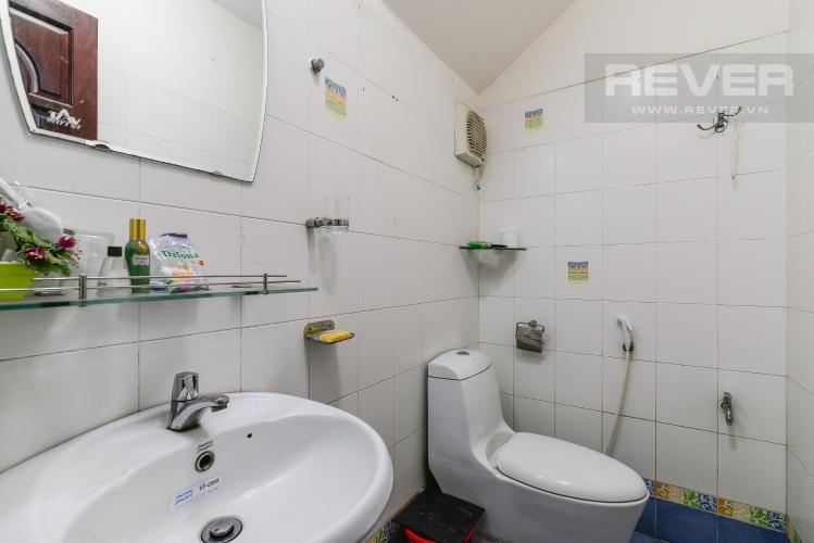 Phòng Tắm Tầng Trệt Nhà phố 4 phòng ngủ đường Quốc Hương Thảo Điền Quận 2