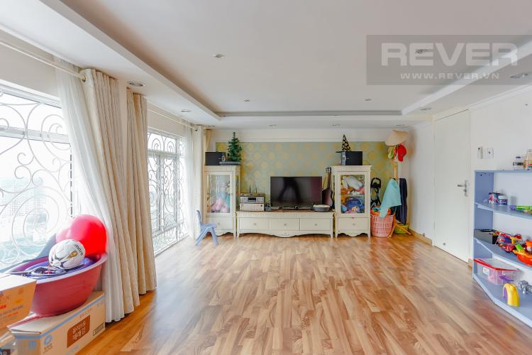 Phòng Ngủ 3 Duplex Phú Hoàng Anh 3 phòng ngủ view hồ bơi