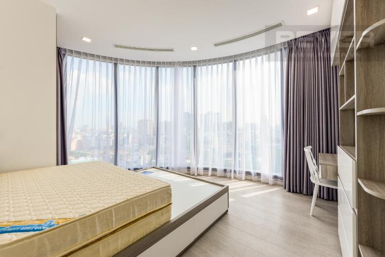 Phòng ngủ 2 Căn hộ Vinhomes Golden River tầng thấp A3 view sông 2 phòng ngủ