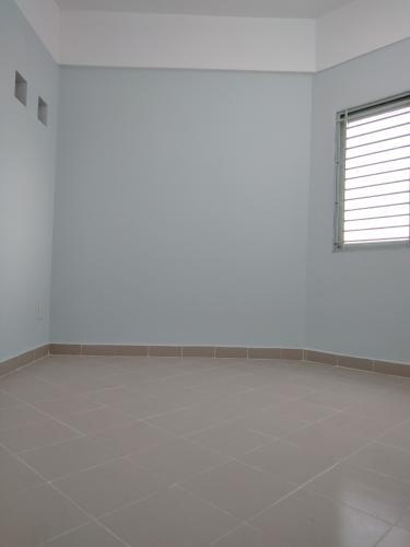 Căn hộ chung cư Phú Thọ, Quận 11 Căn hộ chung cư Phú Thọ tầng trung, nội thất cơ bản tiện nghi.