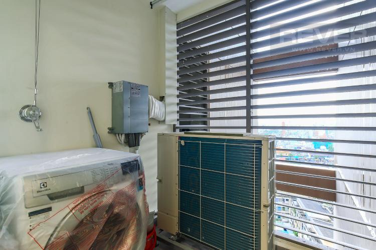Logia Cho thuê căn hộ Masteri Millennium tầng trung 3PN đầy đủ nội thất, diện tích rộng rãi