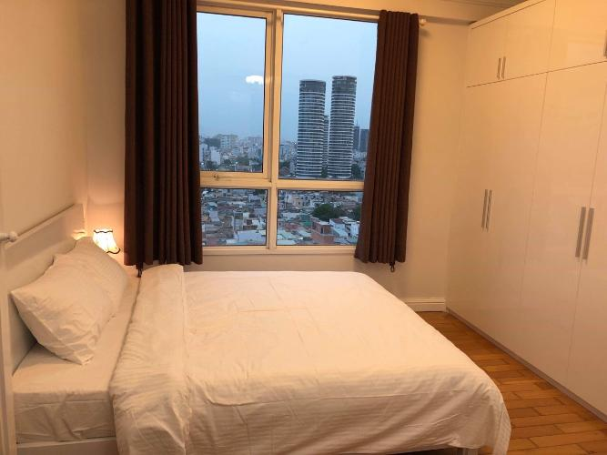 Phòng ngủ The Manor, Bình Thạnh Căn hộ Officetel The Manor tầng trung, view thành phố.