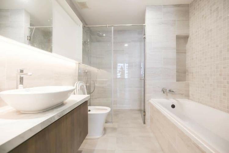 Toilet Căn hộ KINGDOM 101 Cho thuê căn hộ Kingdom 101 tầng thấp, diện tích 65m2 - 2 phòng ngủ, không có nội thất