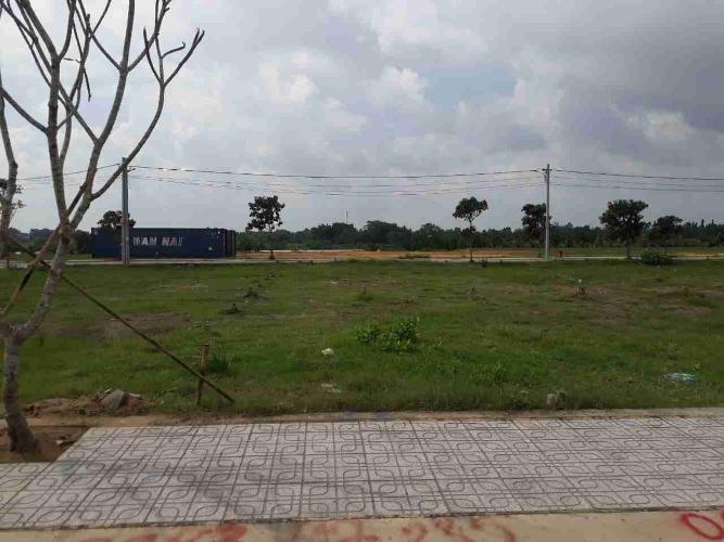 Bán lô đất đã có sổ hồng tại Long Phước, Quận 9, diện tích 60m2, giá 1,9 tỷ đồng