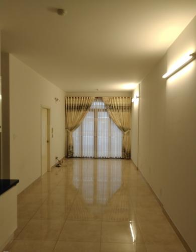 Phòng khách Luxcity Quận 7 Căn hộ Luxcity tầng thấp, nội thất cơ bản, 2 phòng ngủ.