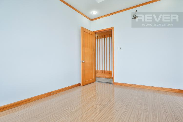 Phòng Ngủ 1 Căn góc Phú Hoàng Anh 3 phòng ngủ tầng trung tòa B2 nội thất cơ bản