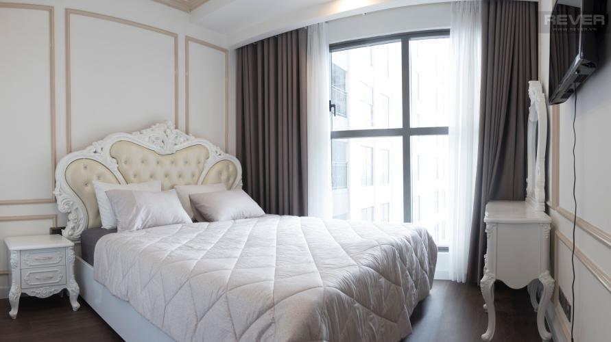 Phòng Ngủ Bán hoặc cho thuê căn hộ Saigon Royal 1PN, tháp A, đầy đủ nội thất, view hồ bơi