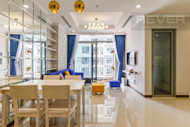 Phòng khách Căn hộ Vinhomes Central Park 2 phòng ngủ tầng cao L4 hướng Đông Bắc