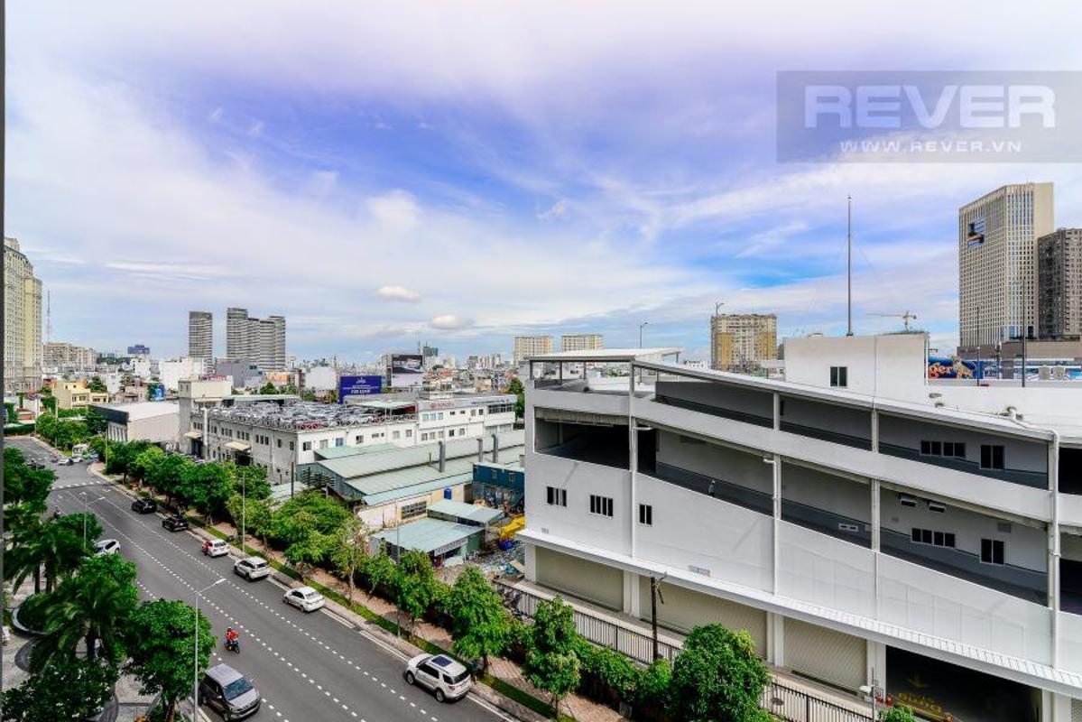 f0866fcc4a7cae22f76d Bán căn hộ Vinhomes Central Park 3PN, tháp Landmark 6, đầy đủ nội thất, view hồ bơi