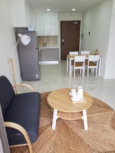 Cho thuê căn hộ Masteri Millennium 2PN, block A, diện tích 60m2, đầy đủ nội thất, view hồ bơi