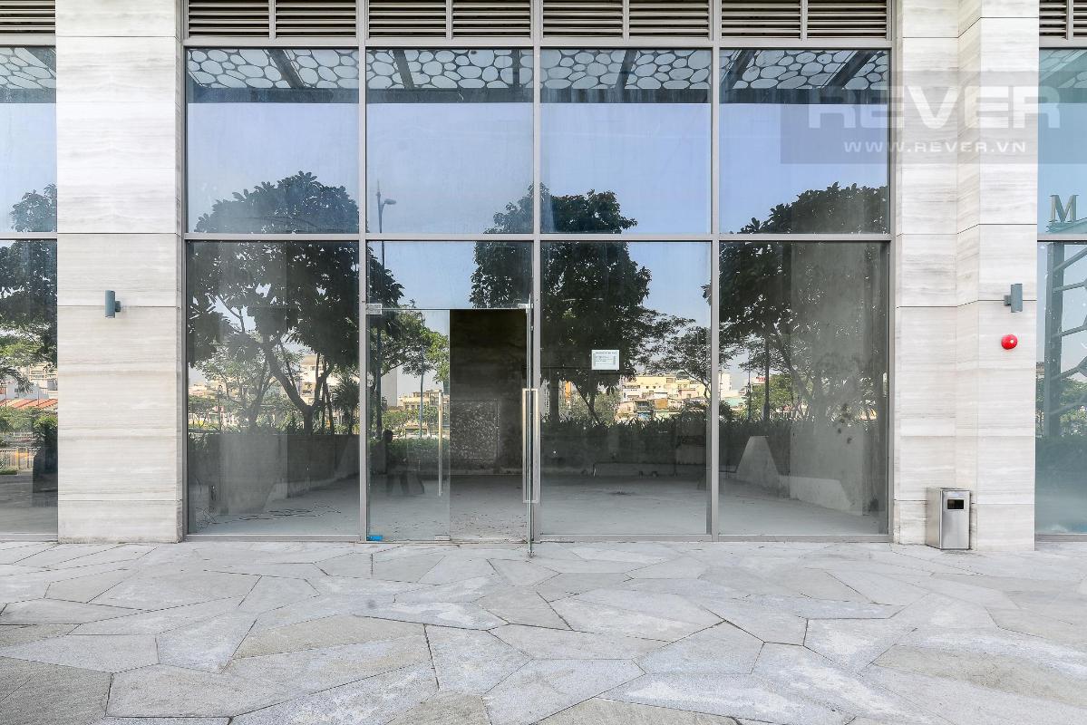 6fb18b5c4e5ea800f14f Cho thuê shophouse Masteri Millennium, block A, diện tích 92m2, bàn giao thô, mặt tiền Bến Vân Đồn Quận 4