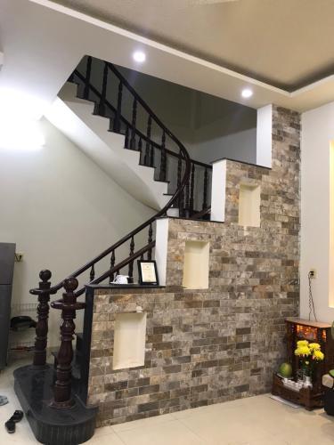 Cầu thang nhà phố Quận 9 Bán nhà đường Nguyễn Duy Trinh, Quận 9, thổ cư 85m2, cách chợ Long Trường 700m