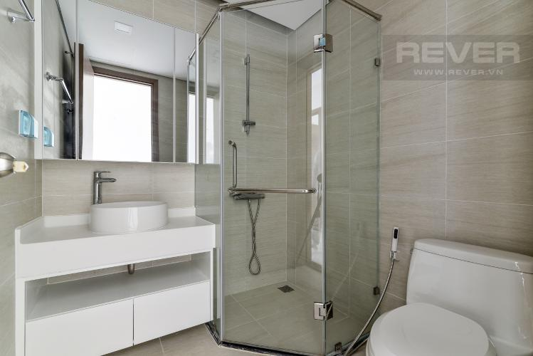 Phòng Tắm 1 Cho thuê căn hộ Vinhomes Central Park 4PN, đầy đủ nội thất, view trực diện sông Sài Gòn