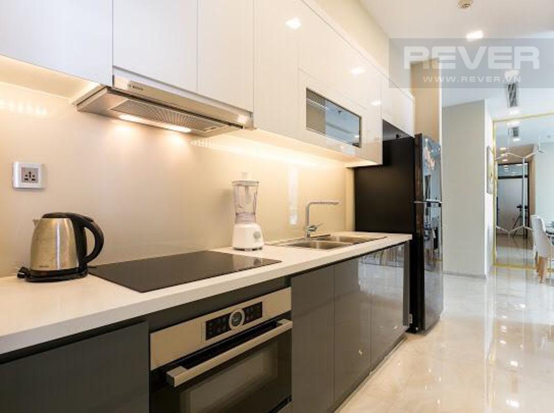 5a868b21517cb722ee6d Cho thuê căn hộ Vinhomes Golden River 2PN, tầng cao, tháp The Aqua 2, đầy đủ nội thất, view sông và tháp Landmark 81