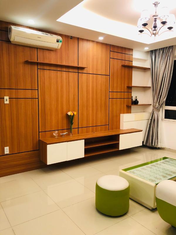 living room2 Bán hoặc cho thuê căn hộ Tropic Garden 2PN, tầng 22, tháp C2, đầy đủ nội thất, hướng Tây Bắc