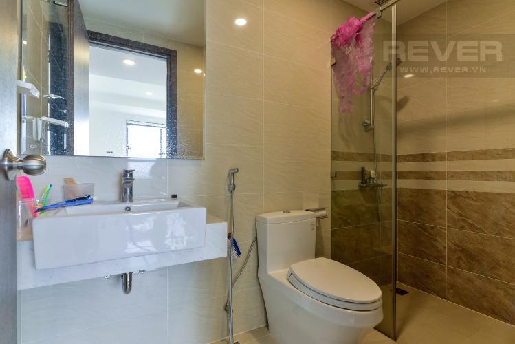 Phòng Tắm Bán officetel Saigon Royal 1 phòng ngủ, tầng thấp, nội thất cơ bản, view tháp Bitexco