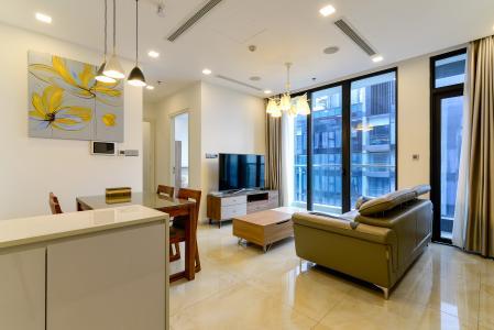 Cho thuê căn hộ Vinhomes Golden River 2PN, tháp The Aqua 1, đầy đủ nội thất, view sông Sài Gòn