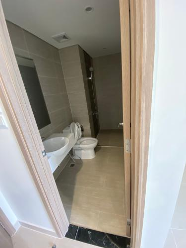 Toilet Vinhomes Grand Park Quận 9 Căn hộ Studio Vinhomes Grand Park tầng trung, hướng Đông Nam.