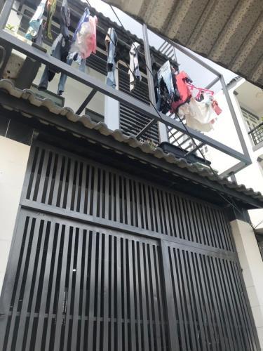 Nhà phố hướng Đông Nam, diện tích 47m2, bàn giao sổ hồng riêng.