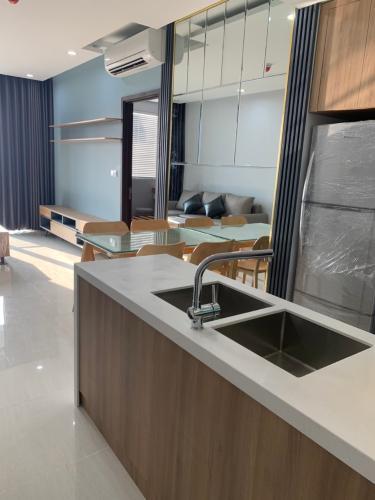 BẾP Căn hộ One Verandah tầng trung, nội thất hoàn thiện.