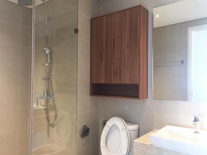 Toilet căn hộ DIAMOND ISLAND - ĐẢO KIM CƯƠNG Cho thuê căn hộ Diamond Island - Đảo Kim Cương 3PN, tầng trung, đầy đủ nội thất, căn góc view thoáng