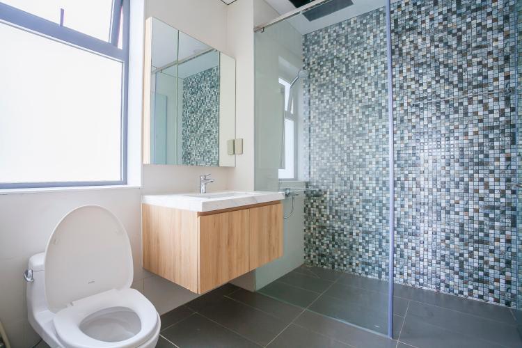 Phòng Tắm Biệt thự Lakeview City đường Nguyễn Duy Trinh Quận 2, diện tích 8x20m, thiết kế hiện đại.