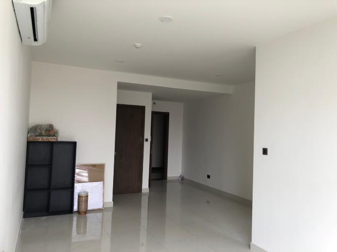 Phòng khách , Căn hộ Saigon Royal , Quận 4 Căn hộ Saigon Royal hướng cửa Tây Nam, view nội khu yên tĩnh.