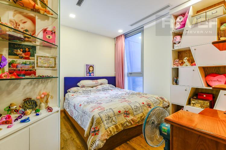 Phòng Ngủ 1 Căn hộ Vinhomes Central Park 2 phòng ngủ tầng thấp P6 hướng Tây