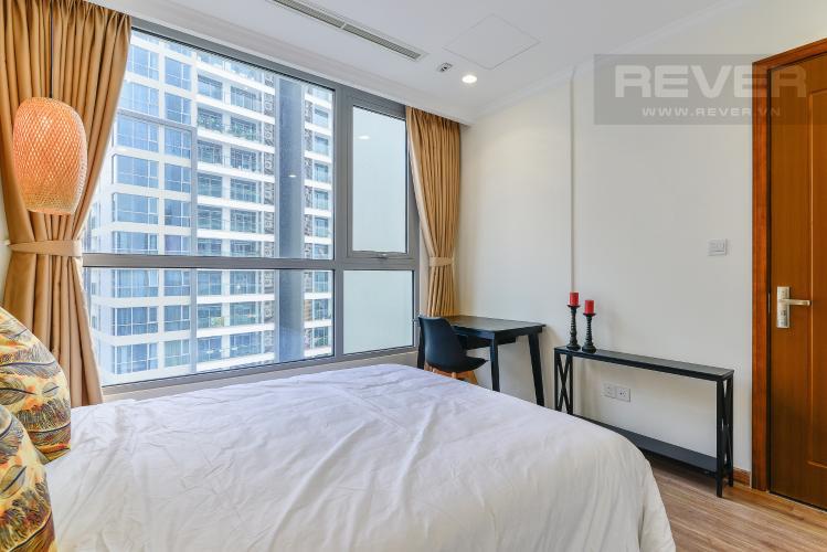 Phòng Ngủ Căn hộ Vinhomes Central Park 1 phòng ngủ tầng cao Landmark 1
