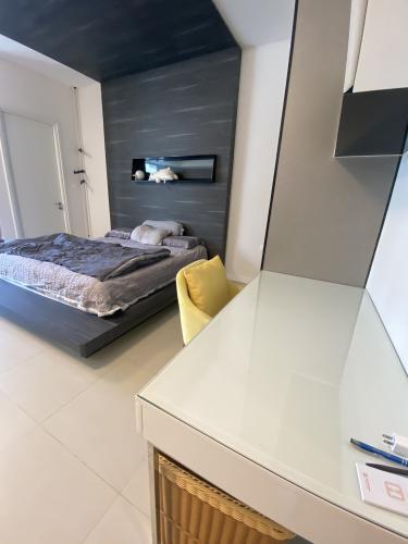 Phòng ngủ Gateway Thảo Điền Quận 2 Căn hộ Gateway Thảo Điền tầng cao, nội thất hiện đại.