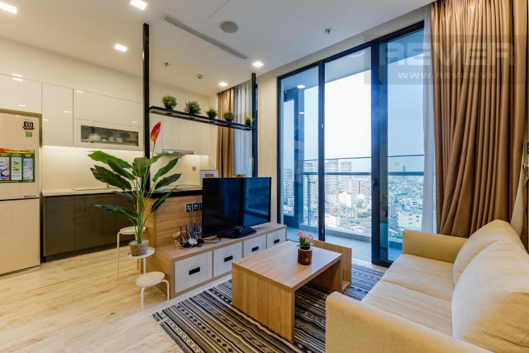 Phòng khách Căn hộ Vinhomes Golden River tầng cao, view sông, 2PN, nội thất đầy đủ