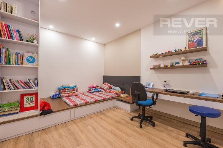 Phòng ngủ 2 Bán căn hộ The Gold View Quận 4, tầng thấp, 2PN, đầy đủ nội thất