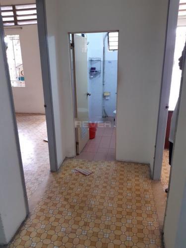 Phòng tắm chung cư Cống Quỳnh, Quận 1 Chung cư 189B Cống Quỳnh 2 phòng ngủ, ban công rộng rãi.