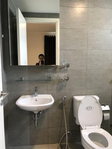 Phòng tắm Hausneo Quận 9 Căn hộ Hausneo tầng trung, hướng Đông Nam, nội thất đầy đủ.
