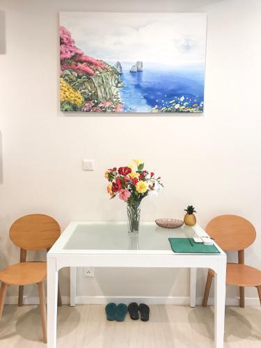 Phòng ăn và bếp căn hộ Diamond Island - Đảo Kim Cương Cho thuê căn hộ Diamond Island - Đảo Kim Cương 1PN, đầy đủ nội thất, view nội khu yên tĩnh