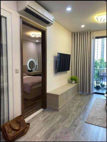 Phòng khách Hado Centrosa Garden, Quận 10 Căn hộ Hado Centrosa Garden 1 phòng ngủ, nội thất tinh tế.