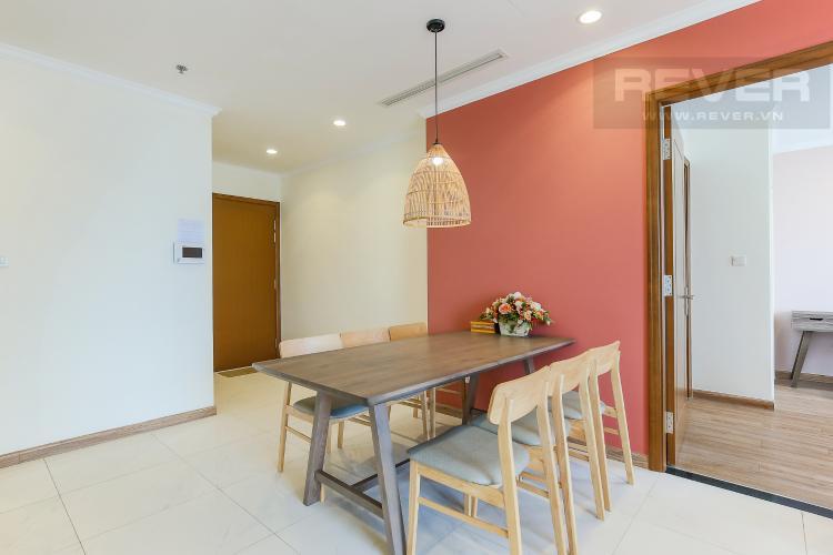 Bàn Ăn Cho thuê căn hộ Vinhomes Central Park 3 phòng ngủ, đầy đủ nội thất, view nội khu