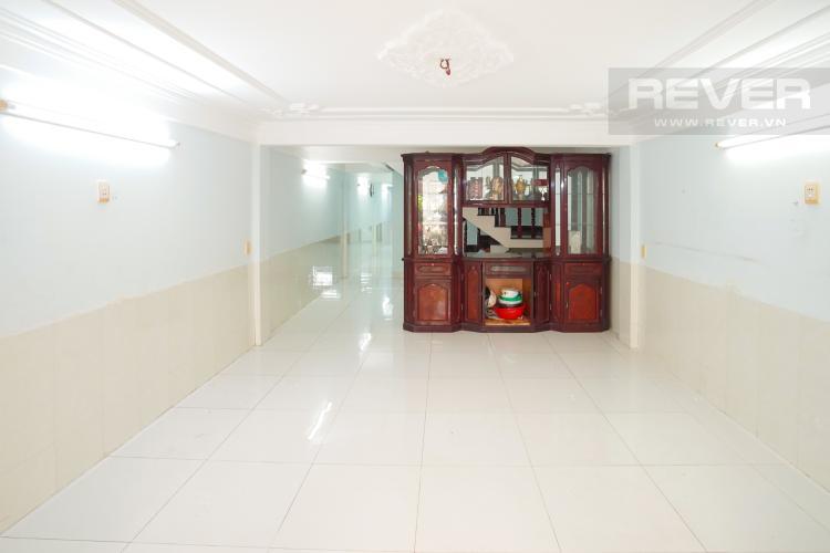 Phòng Khách Tầng Trệt Cho thuê nhà phố 3 tầng, phường Bình An, Q2, diện tích đất 92m2, đường trước nhà 2 ô tô tránh nhau